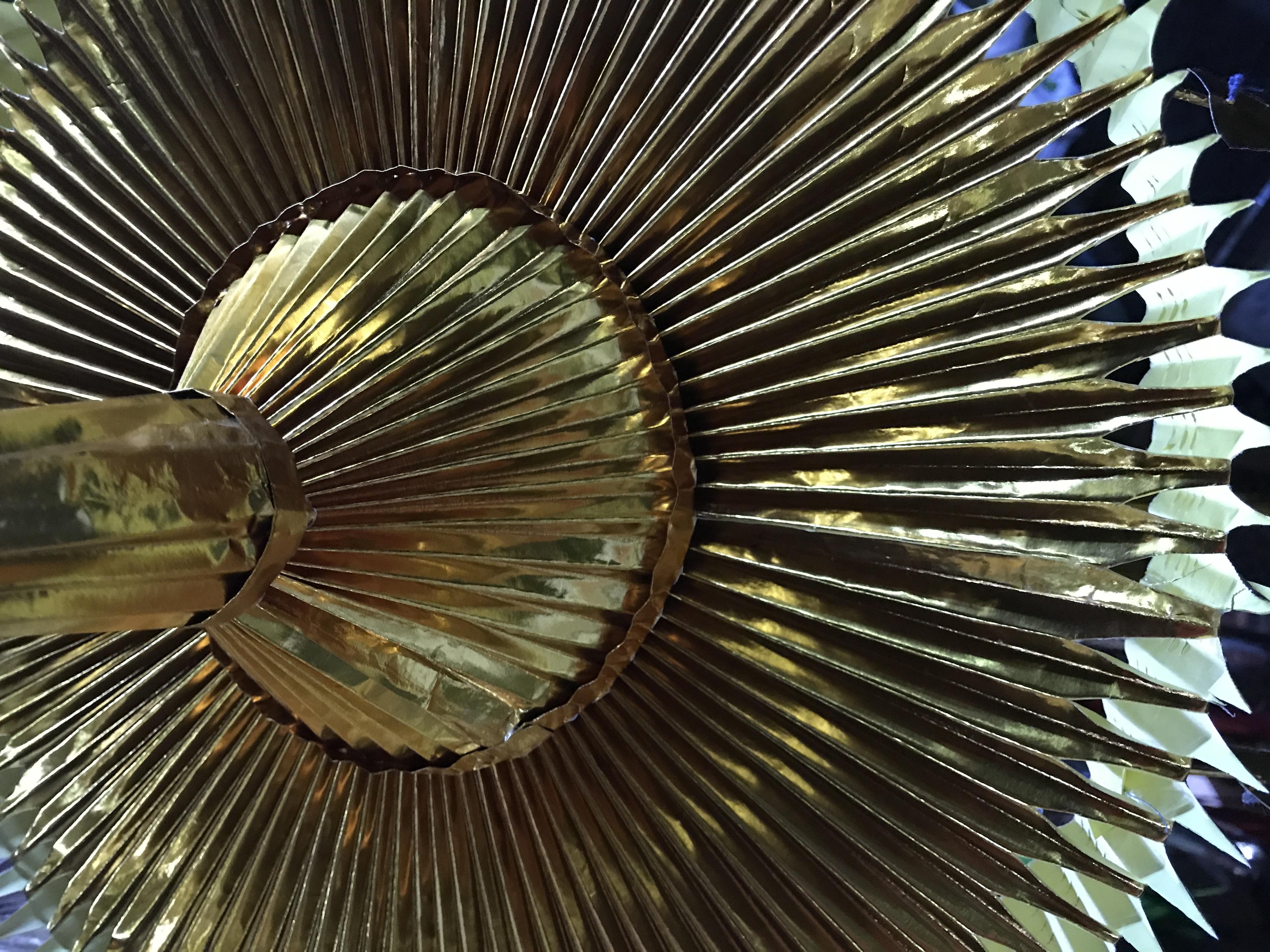 La Schwedagon est majestueuse, les offrandes aussi.